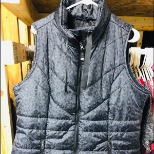 MAURICES NEW Animal Print puffer Vest